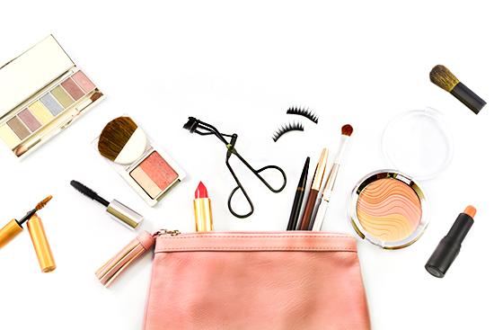 10_prodotti_non_possono_mancare_nella_beauty_bag