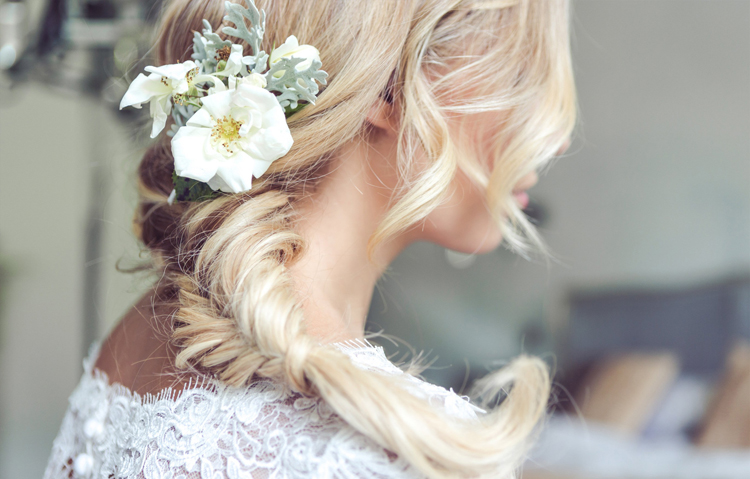 3-Wedding-hair-and-beauty-2017